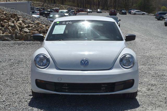 2016 Volkswagen Beetle Coupe 1.8T Classic Naugatuck, Connecticut 7