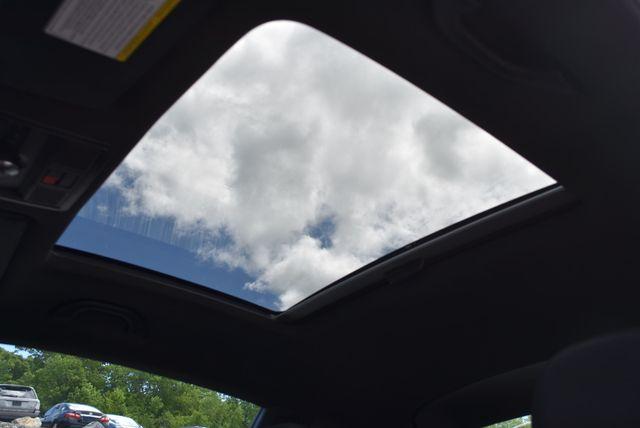 2016 Volkswagen Beetle Coupe 1.8T SEL Naugatuck, Connecticut 17