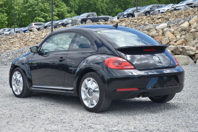 2016 Volkswagen Beetle Coupe 1.8T SEL Naugatuck, Connecticut 2