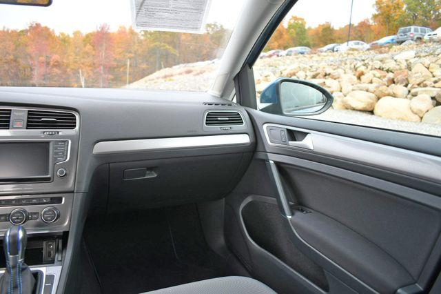 2016 Volkswagen e-Golf SE Naugatuck, Connecticut 17