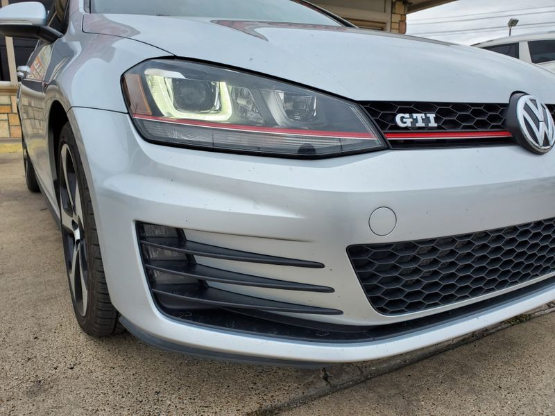 2016 Volkswagen Golf GTI SE  Brownsville TX  English Motors  in Brownsville, TX