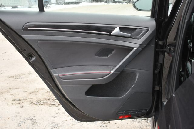 2016 Volkswagen Golf GTI SE Naugatuck, Connecticut 13