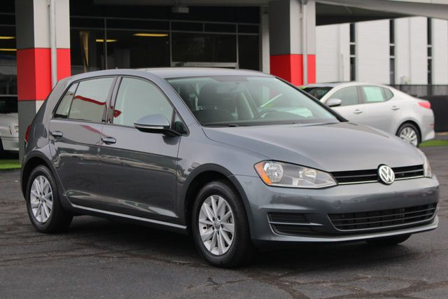 2016 Volkswagen Golf TSI S FWD - TURBO - 6SP MANUAL - ONE OWNER! Mooresville , NC 22