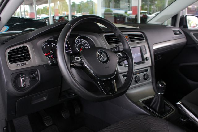 2016 Volkswagen Golf TSI S FWD - TURBO - 6SP MANUAL - ONE OWNER! Mooresville , NC 29