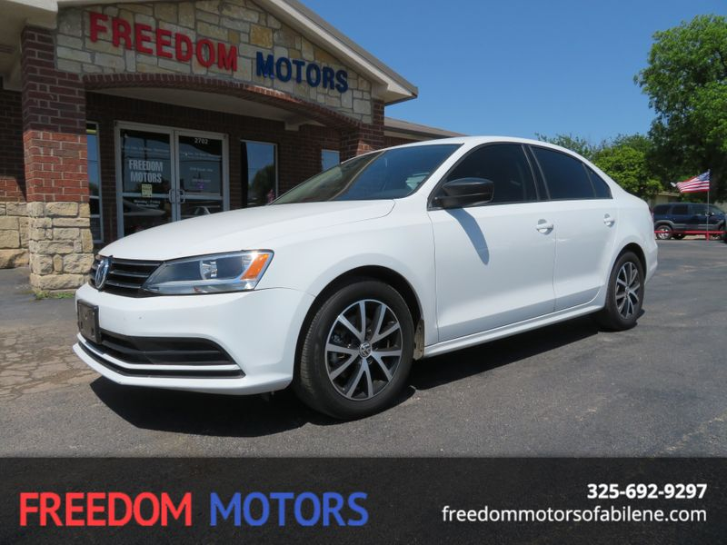 2016 Volkswagen Jetta SE TSi | Abilene, Texas | Freedom Motors  in Abilene Texas