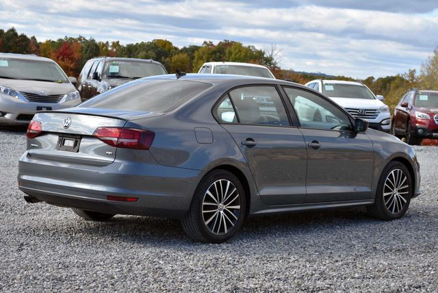 2016 Volkswagen Jetta 1.8T Sport Naugatuck, Connecticut 4