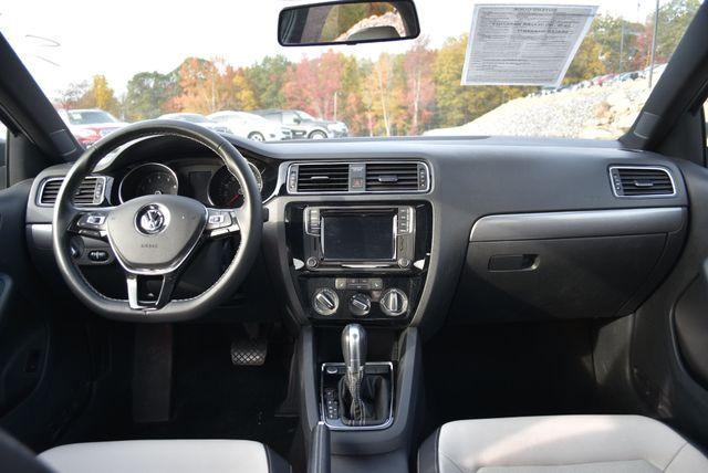 2016 Volkswagen Jetta 1.8T Sport Naugatuck, Connecticut 12