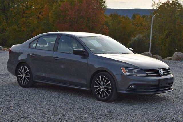 2016 Volkswagen Jetta 1.8T Sport Naugatuck, Connecticut 6