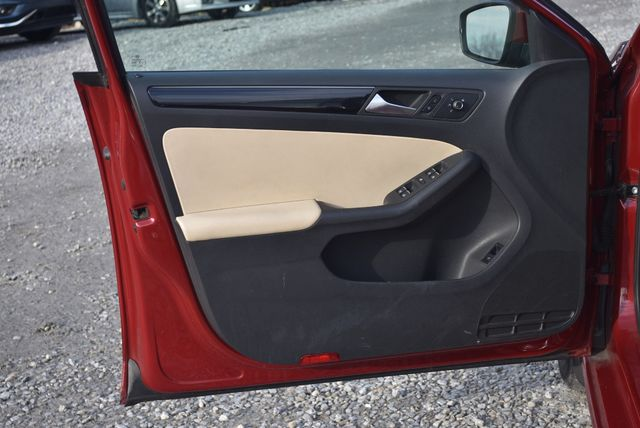 2016 Volkswagen Jetta 1.8T SEL Naugatuck, Connecticut 19