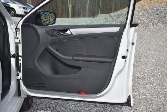 2016 Volkswagen Jetta 1.4T SE Naugatuck, Connecticut 10