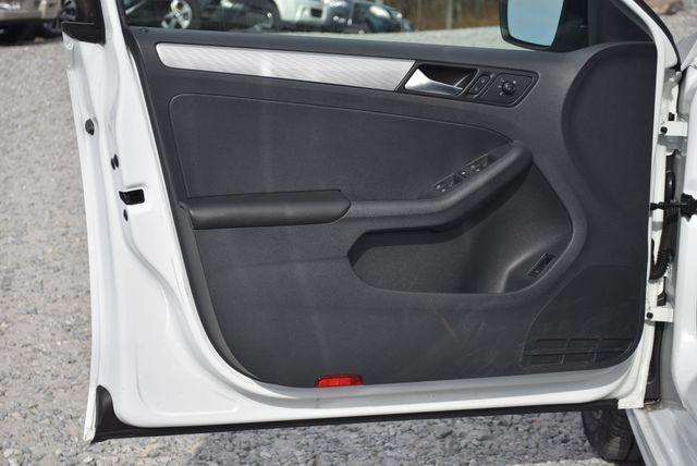 2016 Volkswagen Jetta 1.4T SE Naugatuck, Connecticut 18