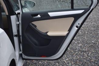 2016 Volkswagen Jetta Hybrid SEL Premium Naugatuck, Connecticut 10