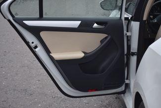 2016 Volkswagen Jetta Hybrid SEL Premium Naugatuck, Connecticut 11