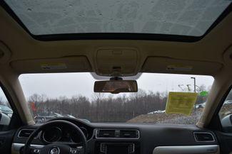 2016 Volkswagen Jetta Hybrid SEL Premium Naugatuck, Connecticut 17