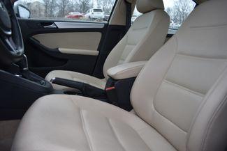 2016 Volkswagen Jetta Hybrid SEL Premium Naugatuck, Connecticut 18