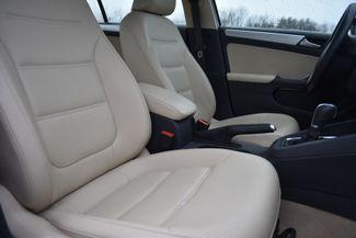 2016 Volkswagen Jetta Hybrid SEL Premium Naugatuck, Connecticut 8