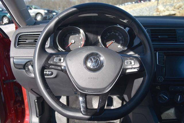 2016 Volkswagen Jetta 1.8T SEL Naugatuck, Connecticut 24