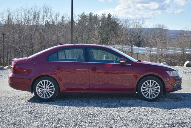 2016 Volkswagen Jetta 1.8T SEL Naugatuck, Connecticut 6