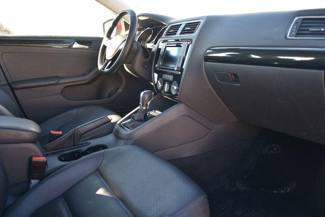 2016 Volkswagen Jetta 1.8T SEL Naugatuck, Connecticut 10