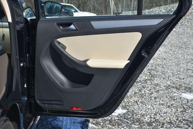 2016 Volkswagen Jetta 1.4T SE Naugatuck, Connecticut 11