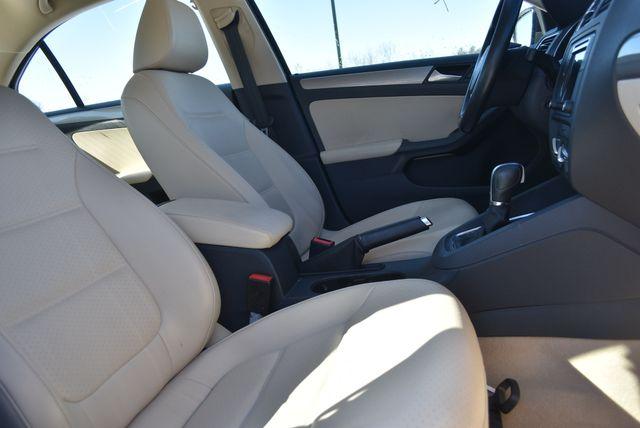 2016 Volkswagen Jetta 1.4T SE Naugatuck, Connecticut 8