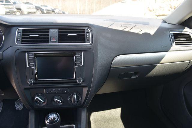 2016 Volkswagen Jetta 1.4T SE Naugatuck, Connecticut 19