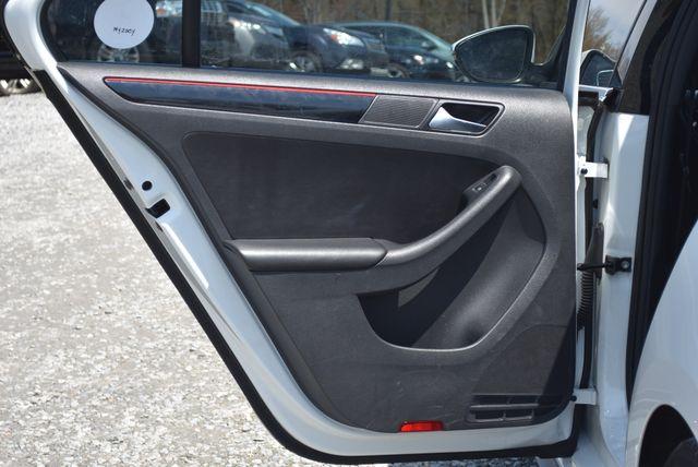 2016 Volkswagen Jetta 2.0T GLI SE Naugatuck, Connecticut 10
