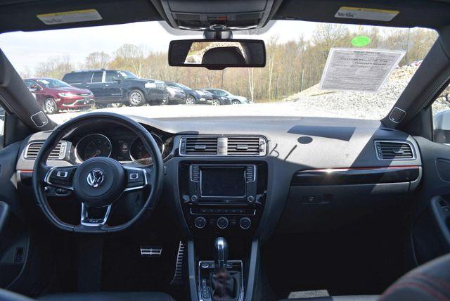 2016 Volkswagen Jetta 2.0T GLI SE Naugatuck, Connecticut 13
