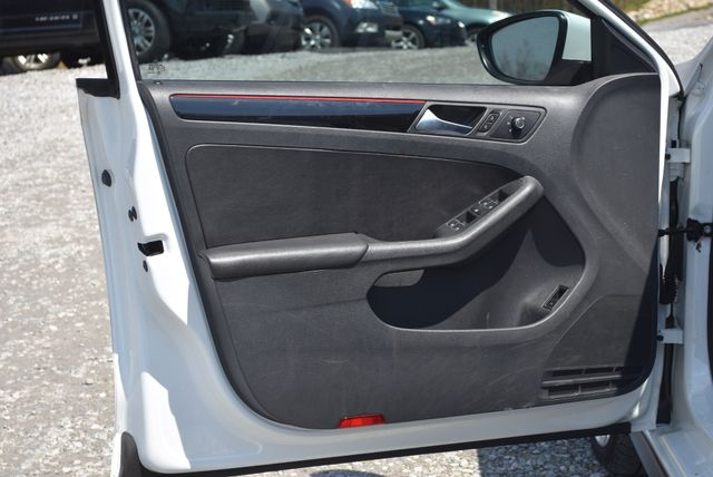 2016 Volkswagen Jetta 2.0T GLI SE Naugatuck, Connecticut 15