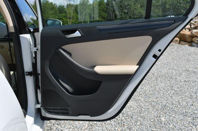 2016 Volkswagen Jetta 1.8T SEL Naugatuck, Connecticut 11