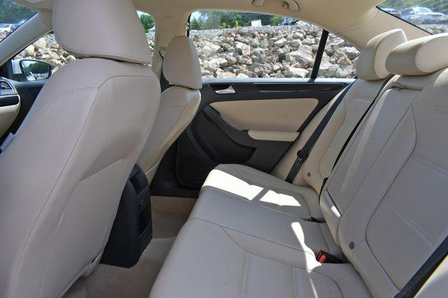 2016 Volkswagen Jetta 1.8T SEL Naugatuck, Connecticut 14