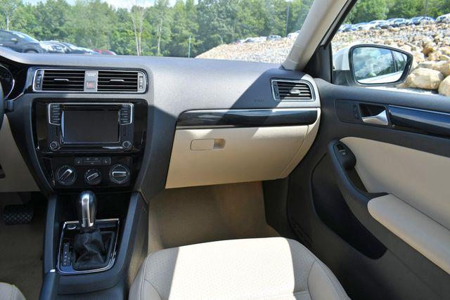 2016 Volkswagen Jetta 1.8T SEL Naugatuck, Connecticut 17