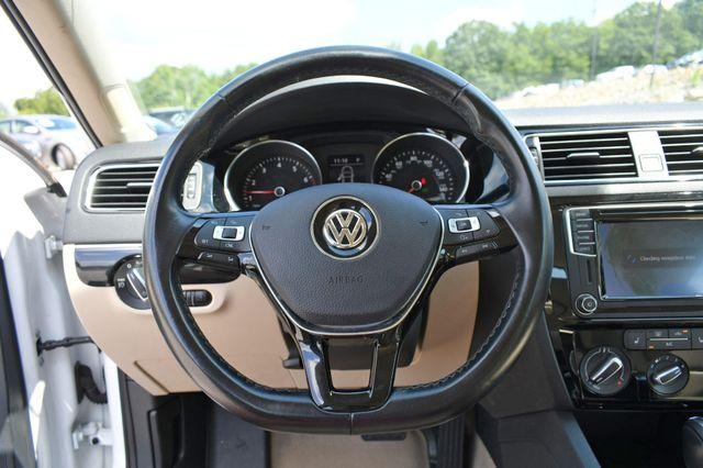 2016 Volkswagen Jetta 1.8T SEL Naugatuck, Connecticut 21