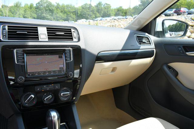 2016 Volkswagen Jetta 1.8T SEL Naugatuck, Connecticut 22