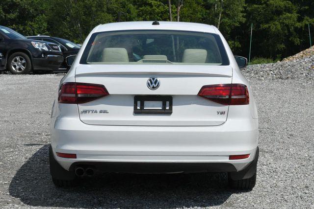 2016 Volkswagen Jetta 1.8T SEL Naugatuck, Connecticut 3