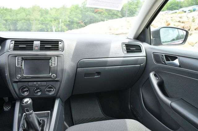 2016 Volkswagen Jetta 1.4T S w/Technology Naugatuck, Connecticut 18