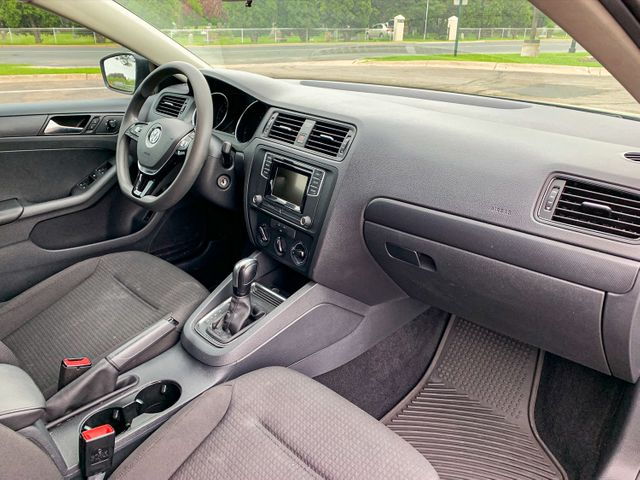 2016 Volkswagen Jetta 1.4T S Osseo, Minnesota 17