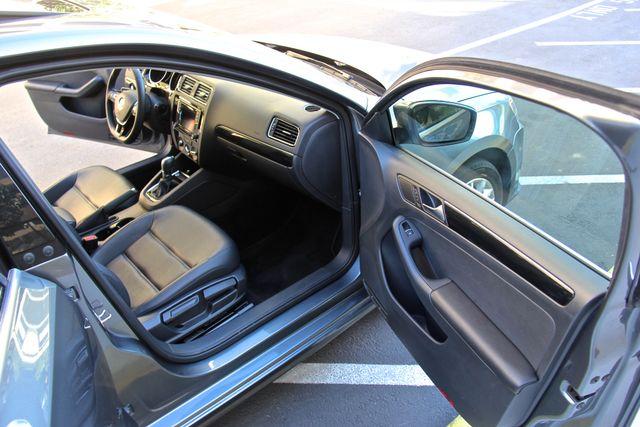 2016 Volkswagen Jetta 1.8T SEL Reseda, CA 17