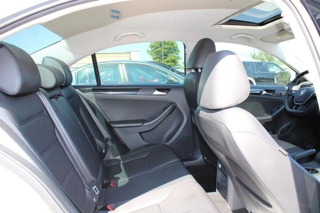 2016 Volkswagen Jetta 1.8T SEL St. Louis, Missouri 10