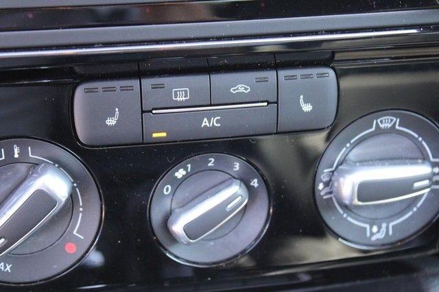 2016 Volkswagen Jetta 1.8T SEL St. Louis, Missouri 19