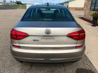 2016 Volkswagen Passat 1.8T SE Farmington, MN 2