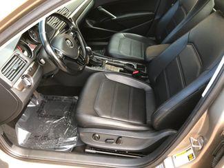 2016 Volkswagen Passat 1.8T SE Farmington, MN 4