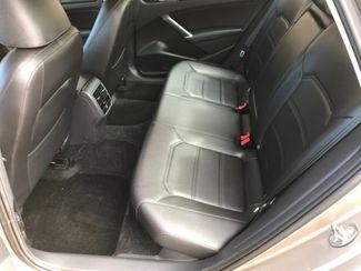 2016 Volkswagen Passat 1.8T SE Farmington, MN 5