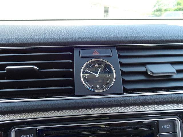 2016 Volkswagen Passat 1.8T R-Line Madison, NC 18