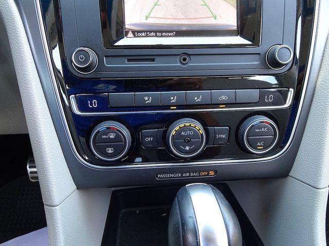 2016 Volkswagen Passat 1.8T R-Line Madison, NC 21