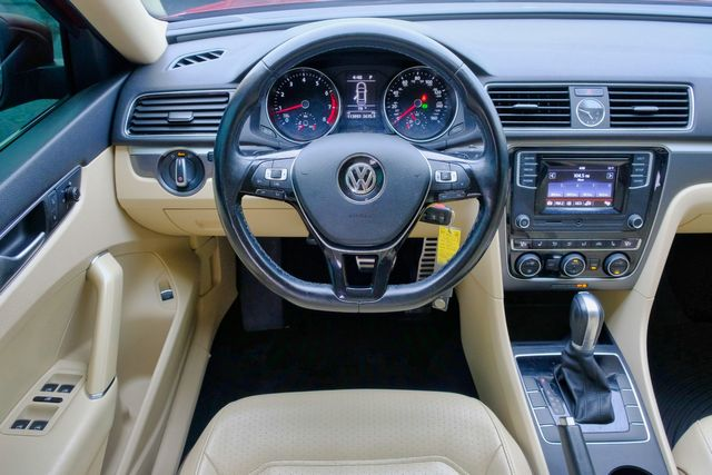 2016 Volkswagen Passat 1.8T R-Line w/Comfort Pkg in Memphis, Tennessee 38115