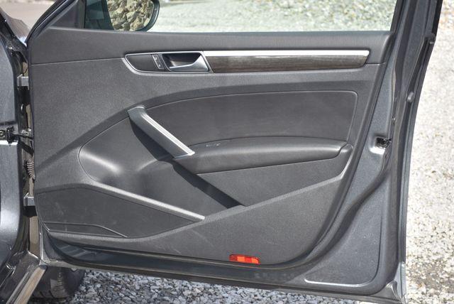 2016 Volkswagen Passat 1.8T SE Naugatuck, Connecticut 10