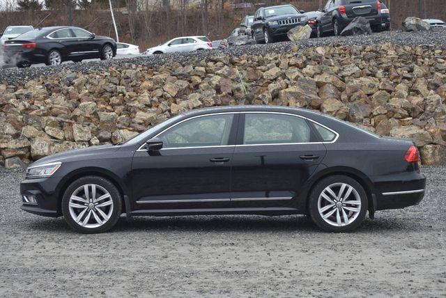 2016 Volkswagen Passat 3.6L V6 SEL Premium Naugatuck, Connecticut 1