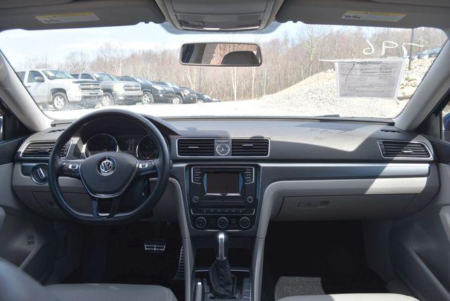 2016 Volkswagen Passat 1.8T R-Line Naugatuck, Connecticut 9