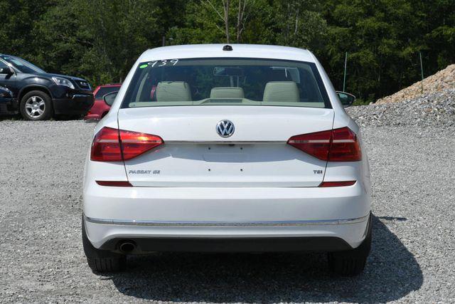 2016 Volkswagen Passat 1.8T SE Naugatuck, Connecticut 3